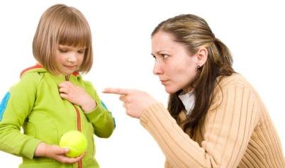 اشتباهات رفتاری والدین
