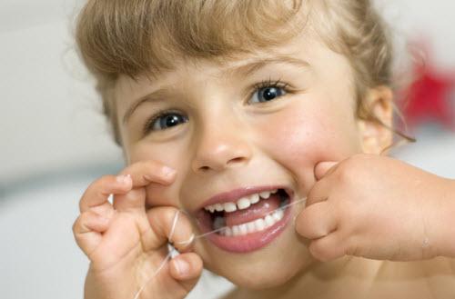 اصول بهداشتی دهان و دندان کودکان
