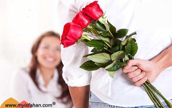 ۸ توصیه برای بهبود رابطه همسران
