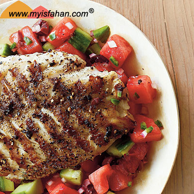 ماهی کبابی و سالسای هندوانه