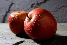 طرز تهیه خورش سیب سرخ
