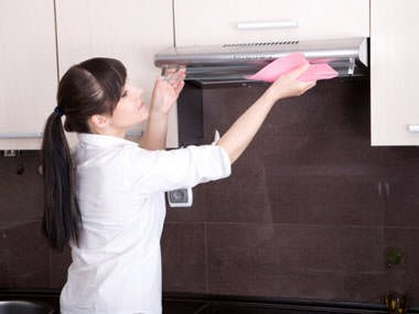 روش پاکسازی چربی از هود آشپزخانه