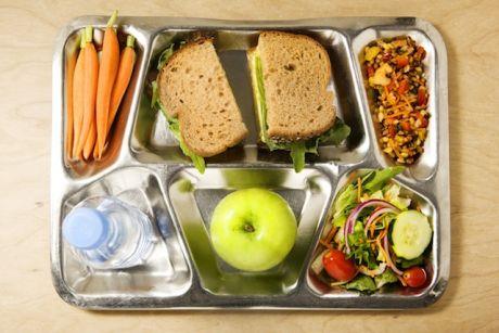 بهترين تغذيه در زنگ تفريح مدرسه
