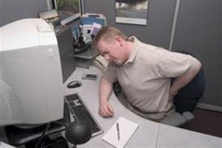 مشکلات و عوارض کار با کامپیوتر